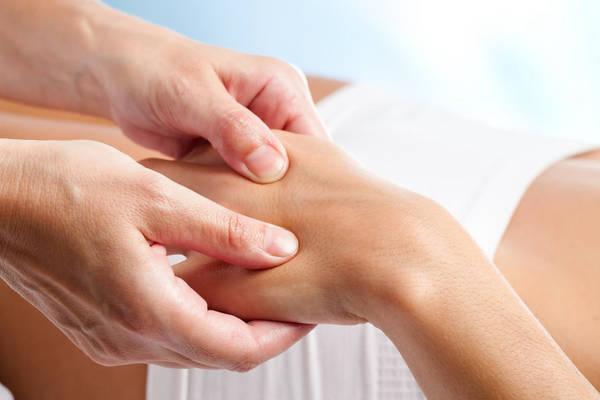 douleur articulation manubrio-sternale